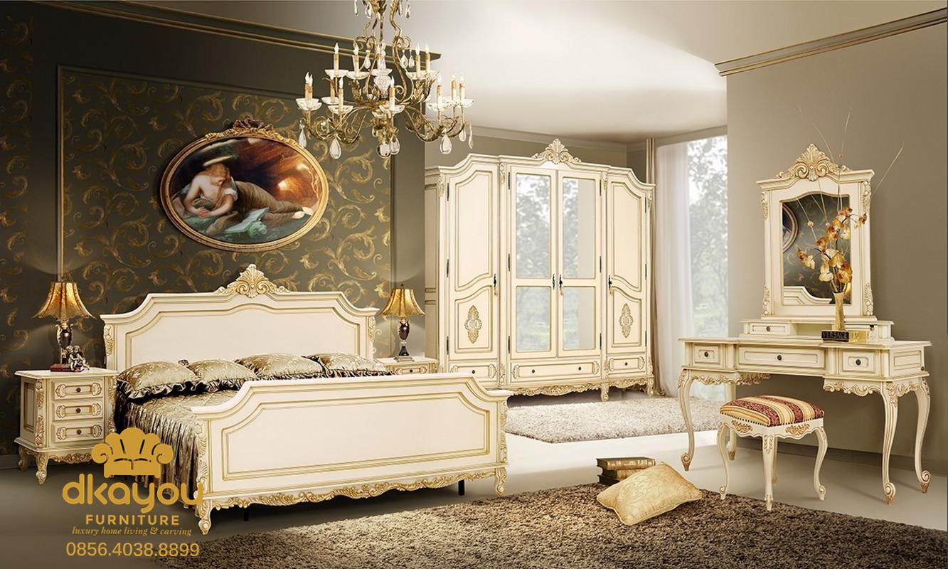 kamar tidur mewah klasik